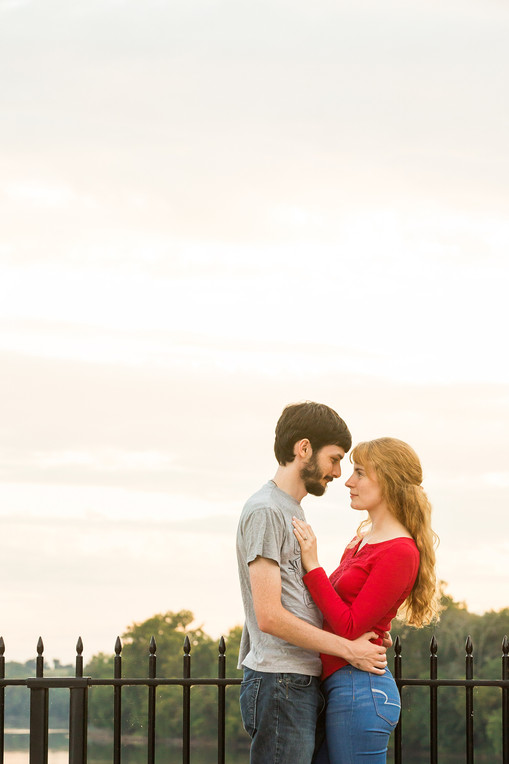 Md Photographer, dc photographer, frederick photographer, engaged couple, engagement photography, engagement photos, c&o canal engagement session, monocacy aqueduct engagement session, frederick wedding, pearly photography, pkp