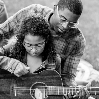 Lew and daughter guitar