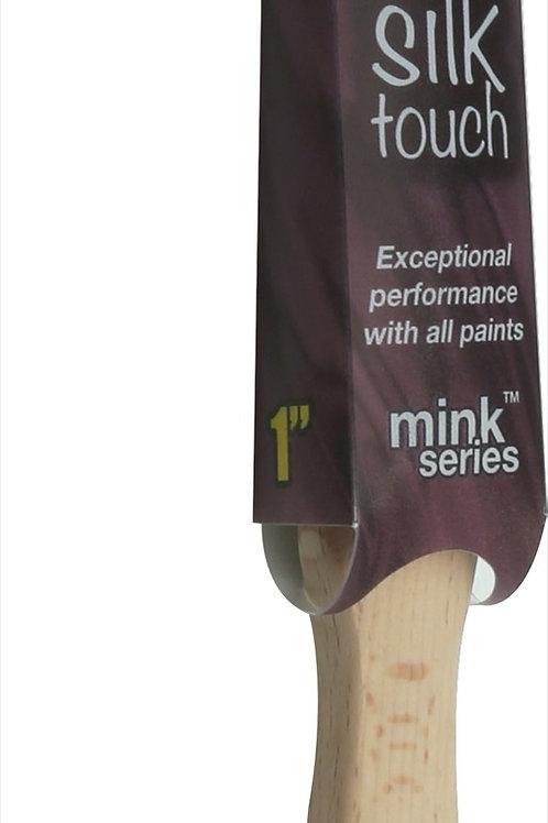 Axus Silk Touch Brush