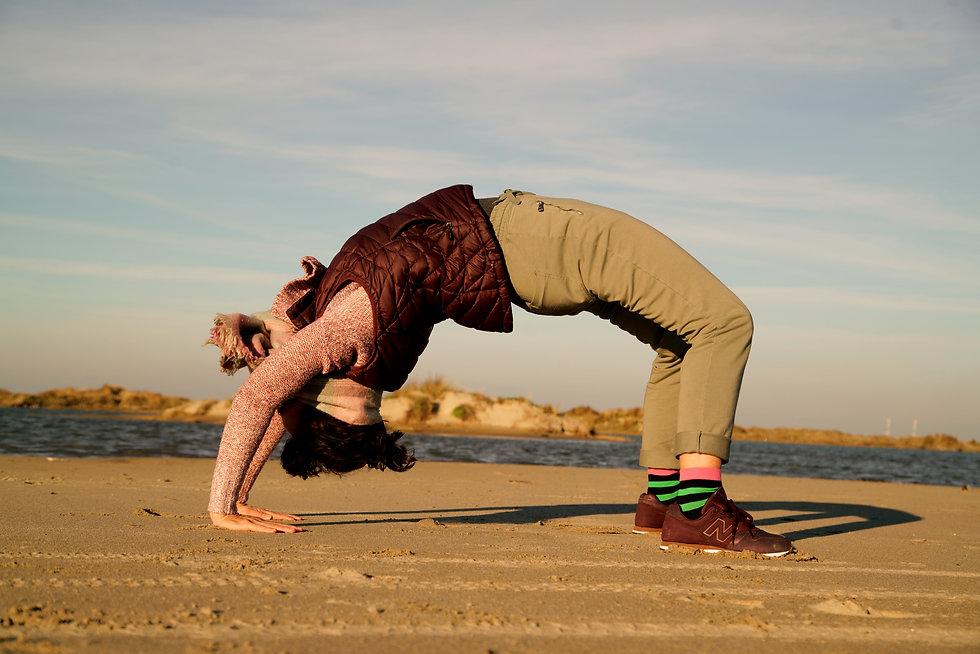 yoga%20bridge%20camargue_edited.jpg