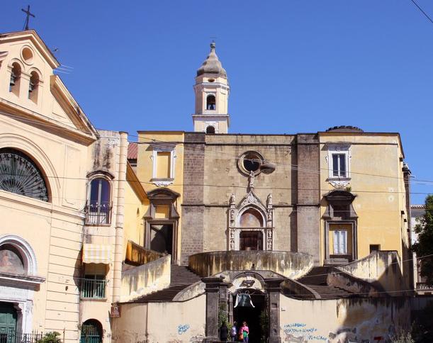 Chiesa_di_San_Giovanni_a_Carbonara2.jpg