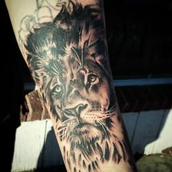 lion coverup tattoo.jpg
