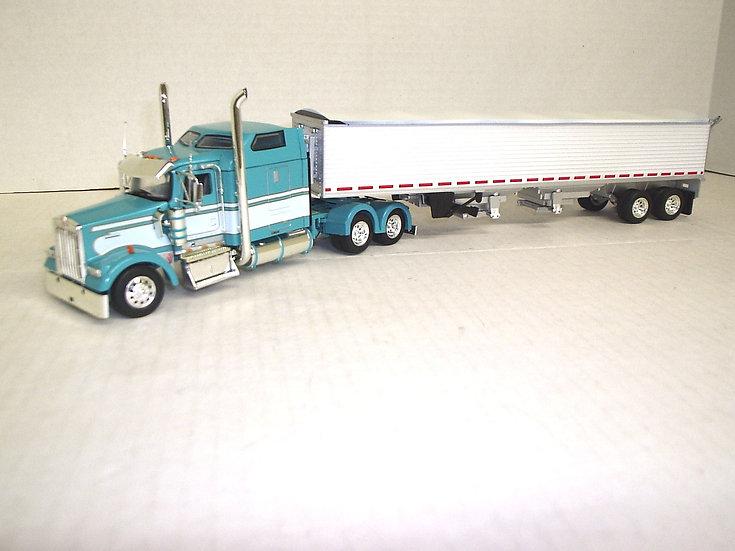"""1/53 Kenworth W900L w/ 72"""" Sleeper w/ Grain Semi"""