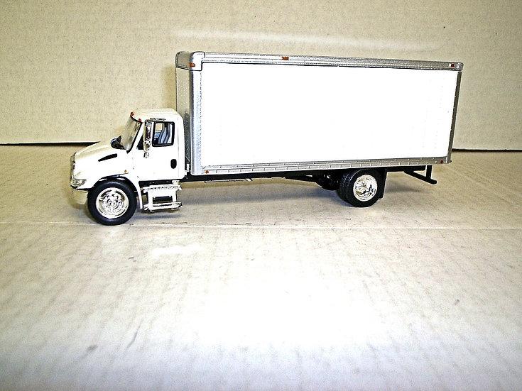 1/53 International 4300 with Box Van, White