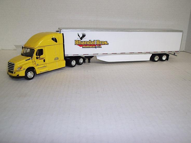 1/53 Freightliner Cascadia High Sleeper W/ 53' Reefer Van, Bhandal Bros