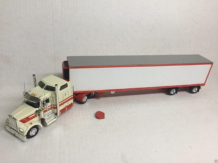 1/53 Kenworth W900L W/ Spread Axle Reefer Van, Cream & Orange