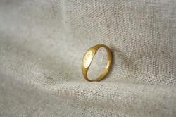 טבעת נישואי בת הצ'יף זהב