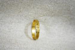 טבעת שמלת פרחים זהב