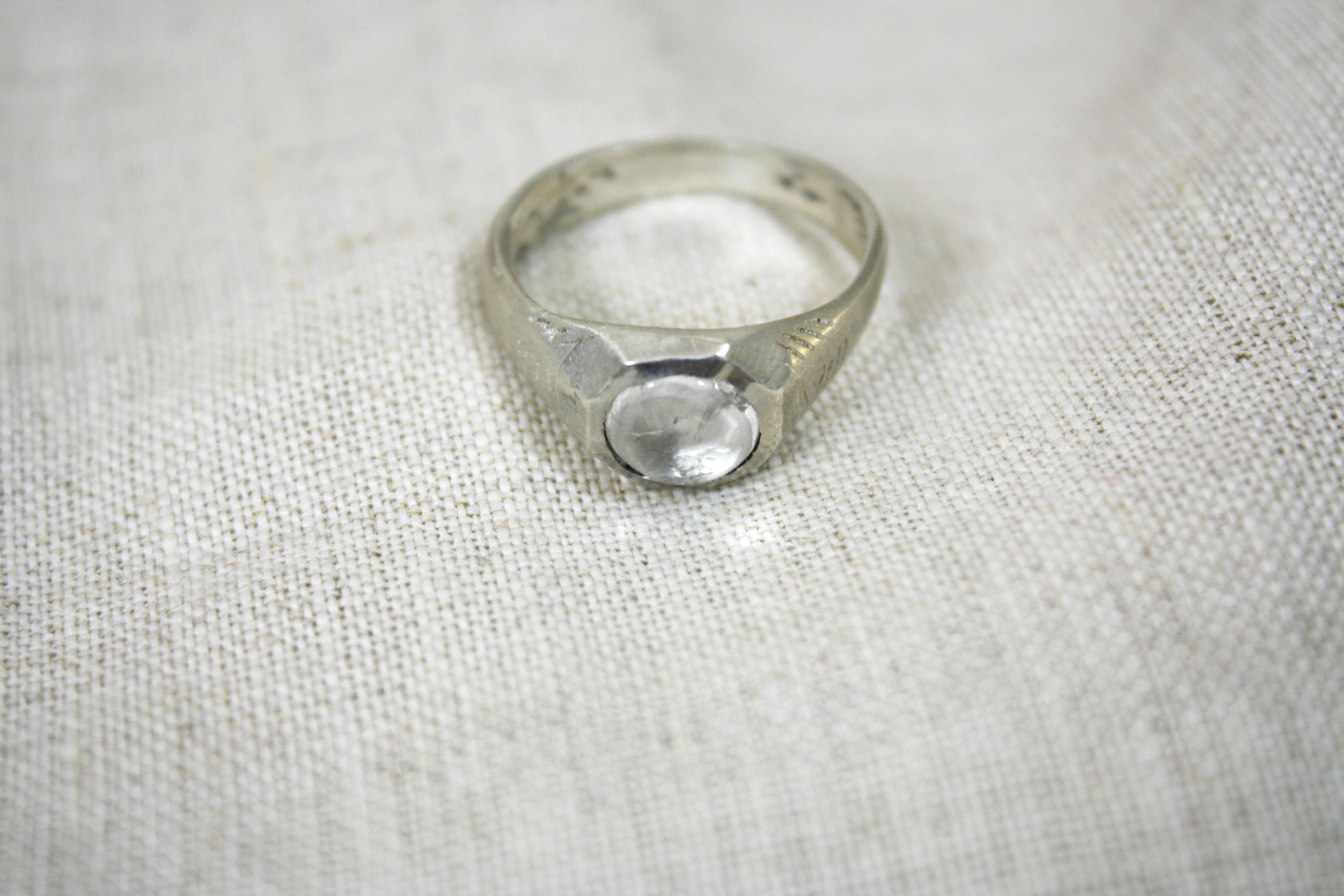טבעת בארות מים מתוקים כסף וקווארץ