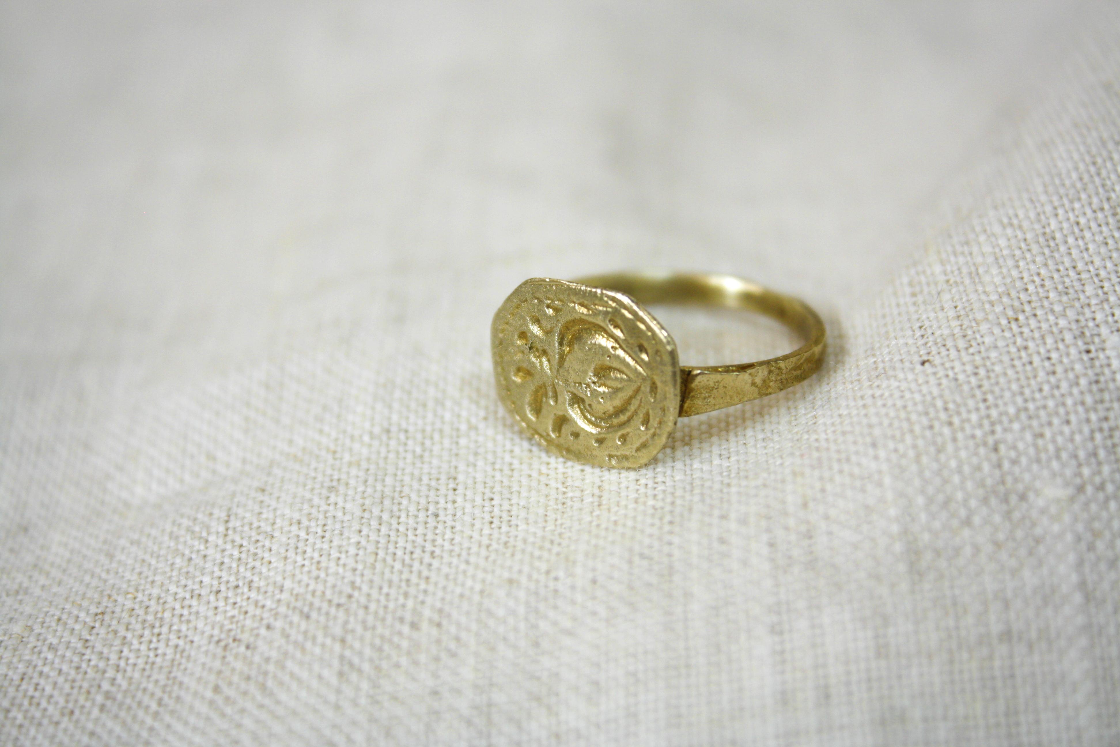 טבעת כד חרס