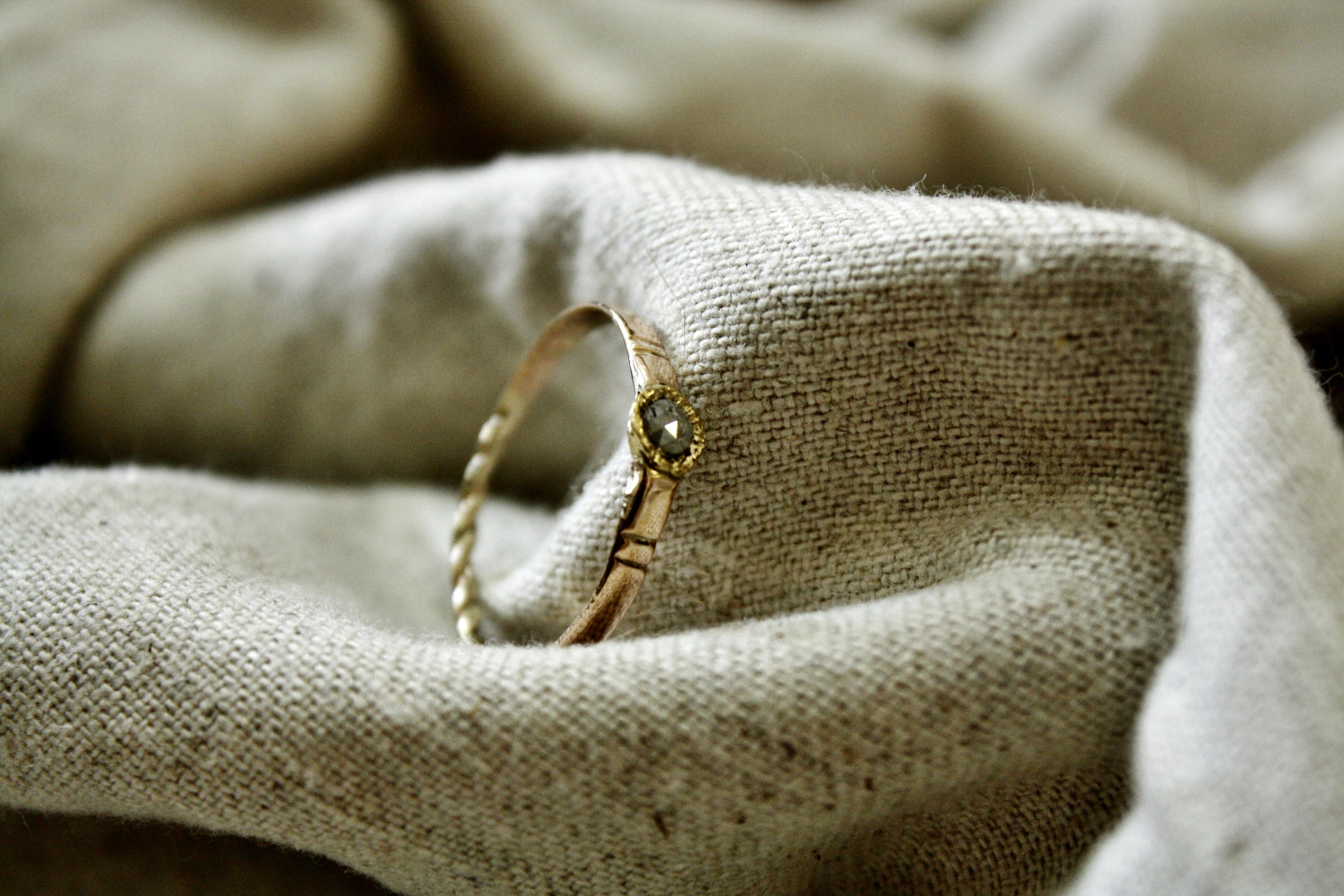 טבעת להתראות בחלומותי. זהב ויהלום אפ