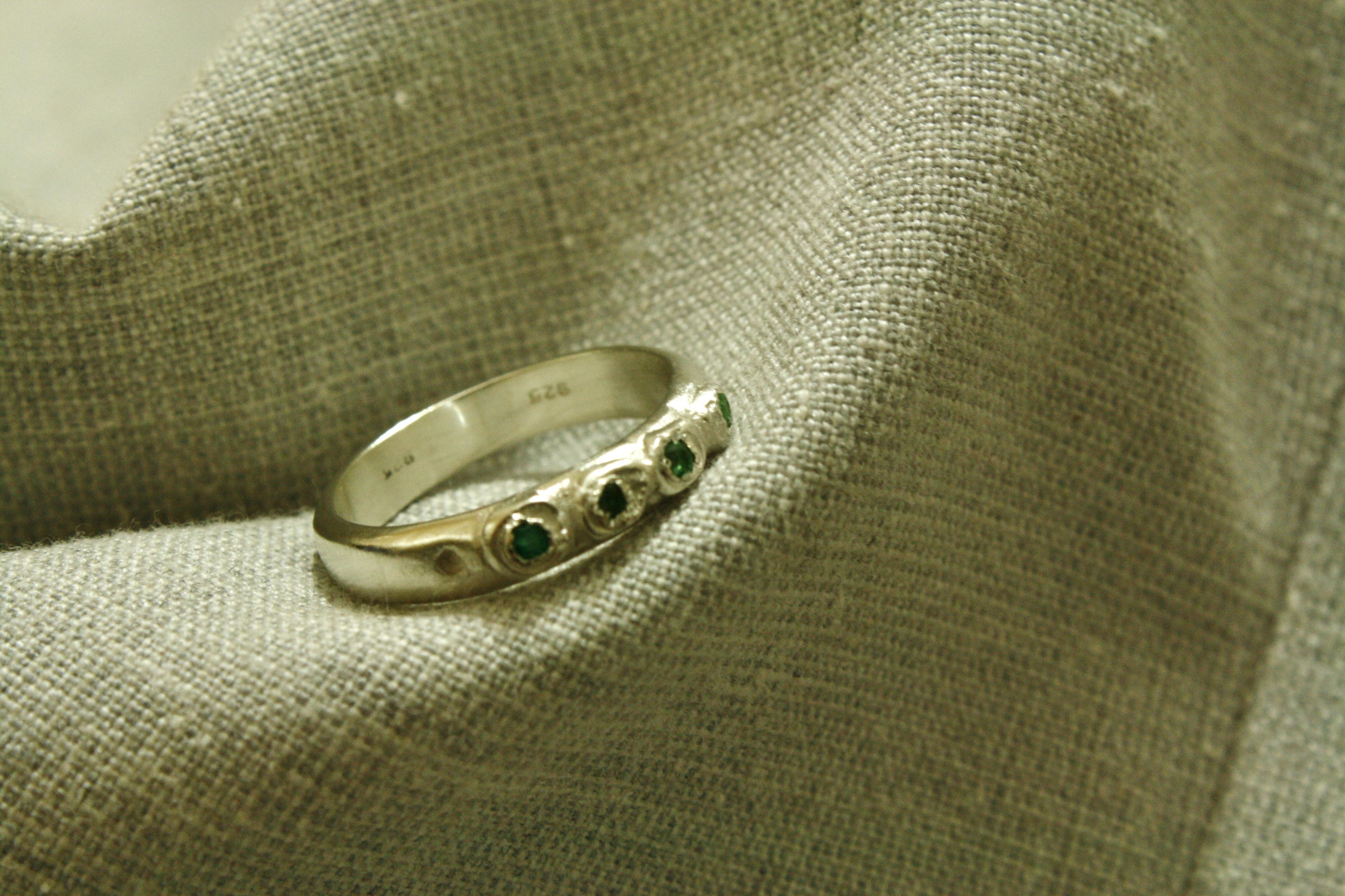 טבעת כתר אינדיאני, כסף וטורמלין