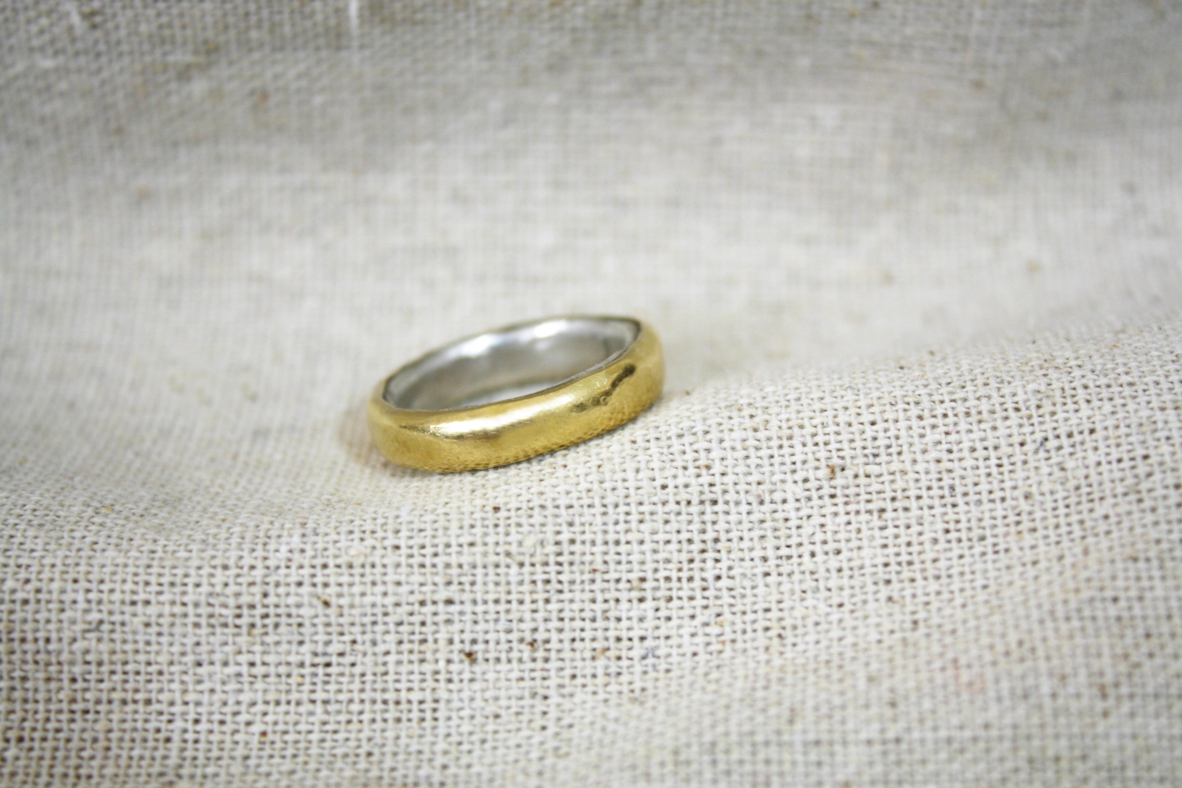 טבעת רעלת זהב כסף וזהב