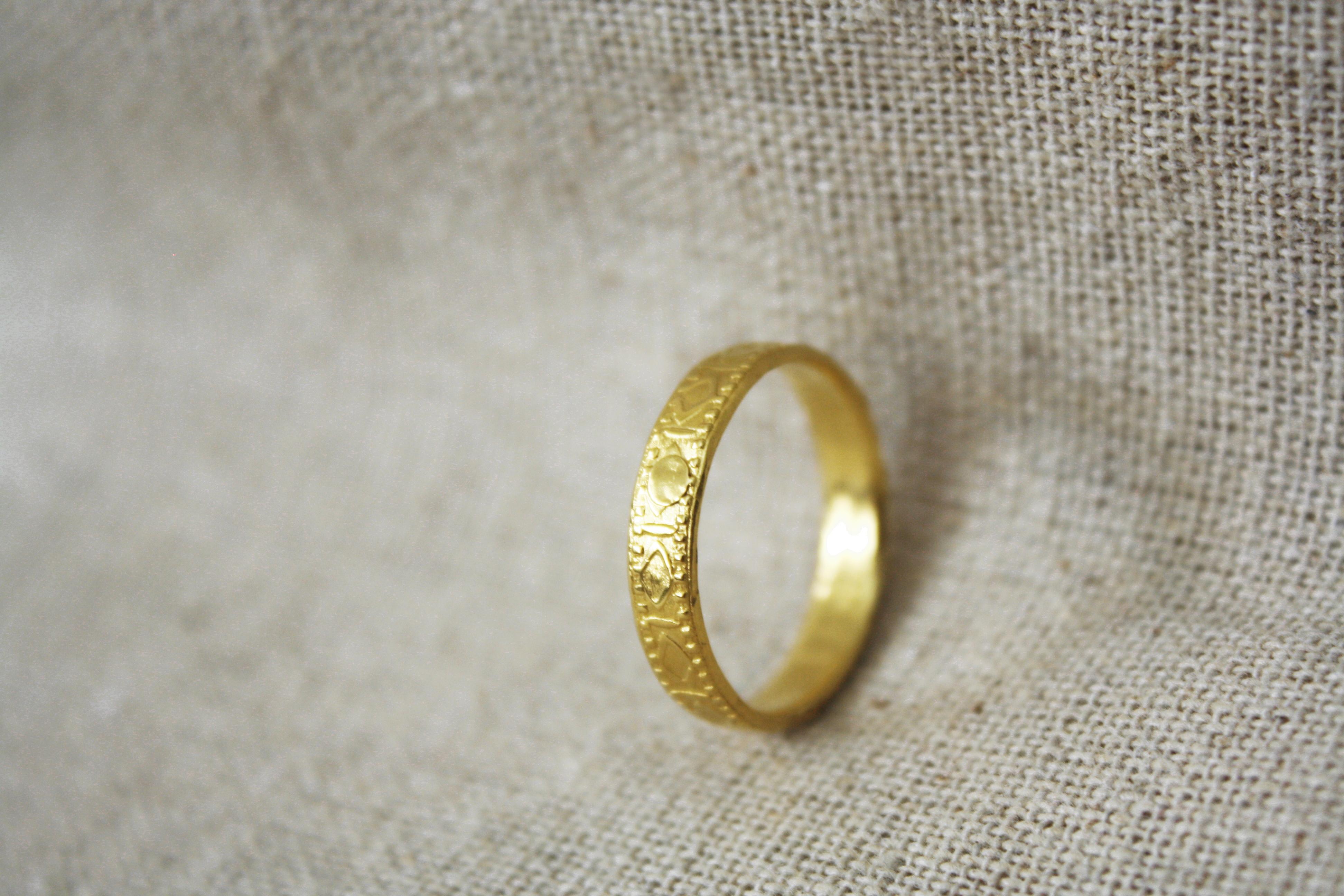 טבעת מנגינת החליל זהב