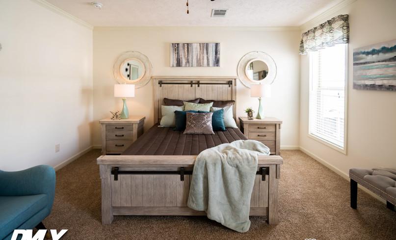 WL-MONL-6809-bedroom-5.jpg