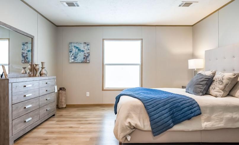 Summit master bedroom.jpg