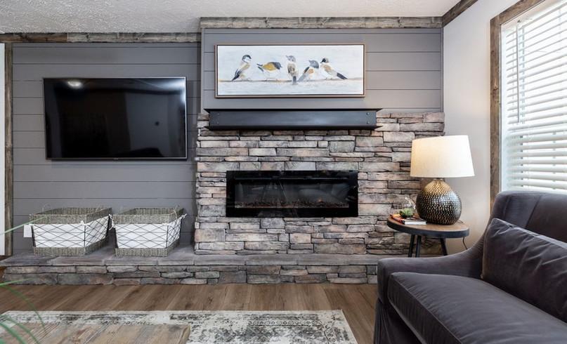 fireplace & tv.jpg