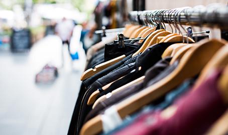"""""""Abbigliamento"""" - Prospettive in Italia"""