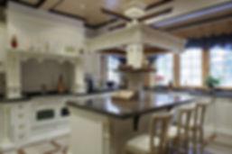 Фотография кухни для элитного дома