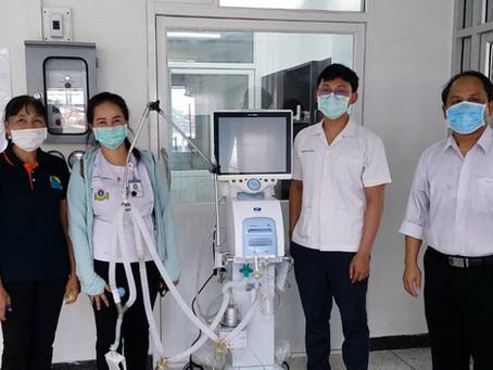 Bhurivatana's Family & MDE Donated Ventilators to Prakhon Chai Hospital, Buriram Province