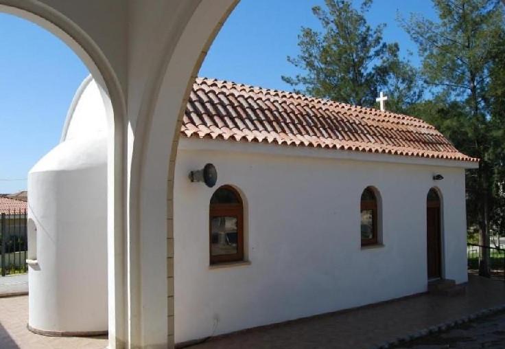 Ιερός Ναός Αγίου Θύρσου