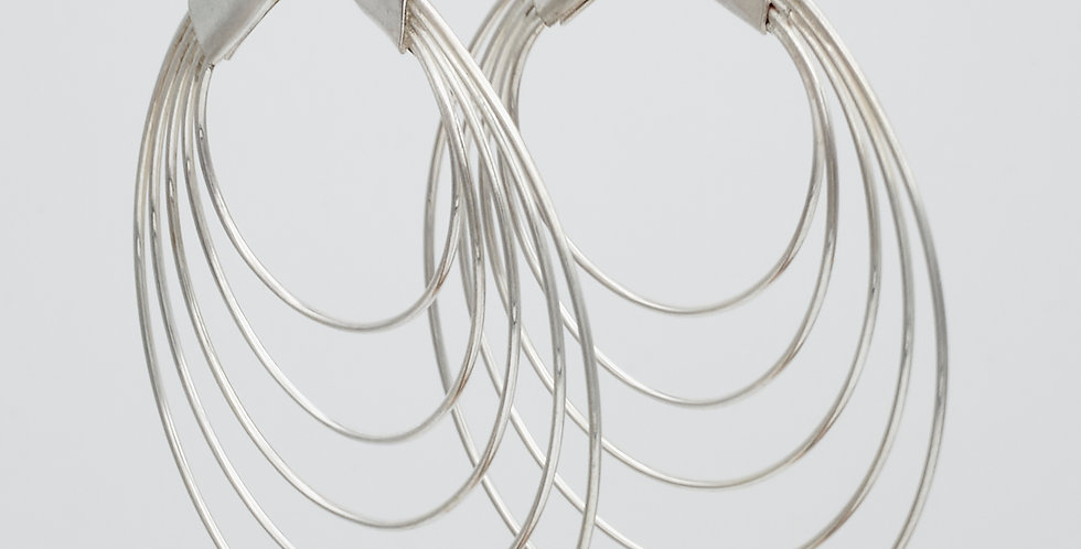 Fanned Thread Hoops