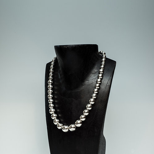 "High Shine 18"" Graduated Bead Necklace"