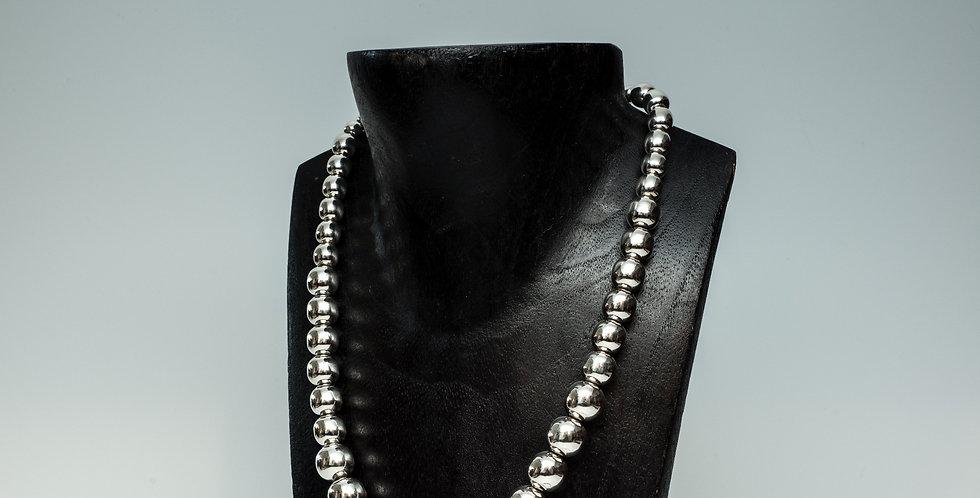 "High Shine 18"" Graduated Bead Necklace"