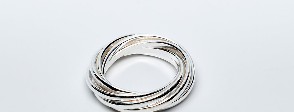 7 Band Interlooped Ring