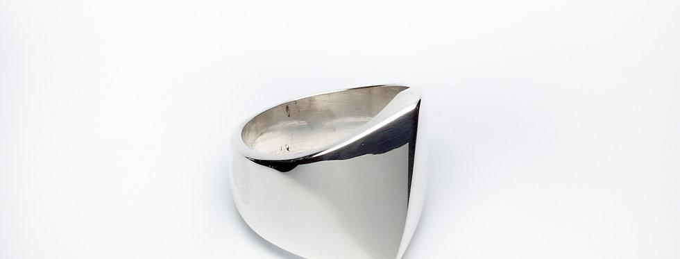 Diagonal Peak Ring