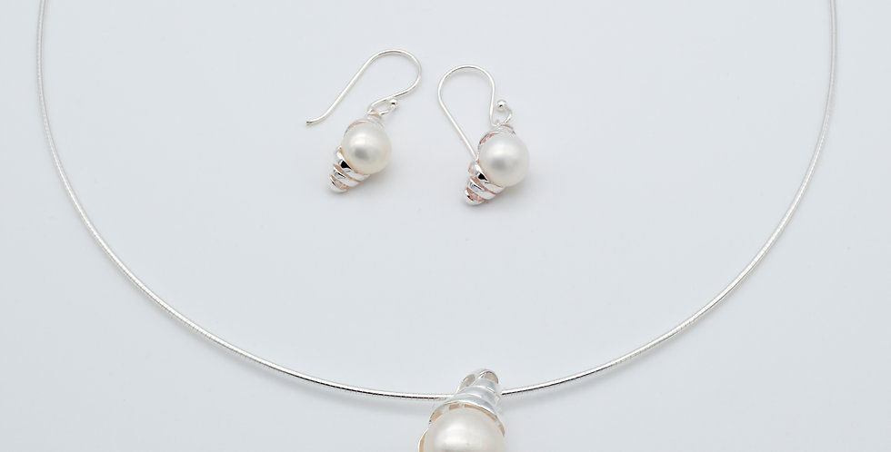 Double Wrapped Set of Pearl Earrings and Pendant