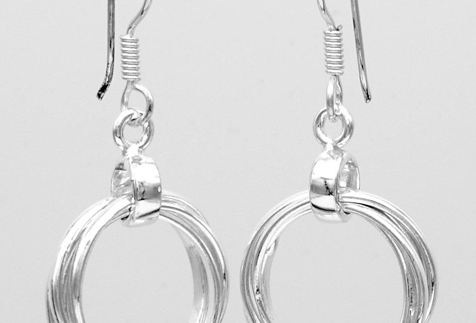 Week-end Interlooped Dangle Earrings