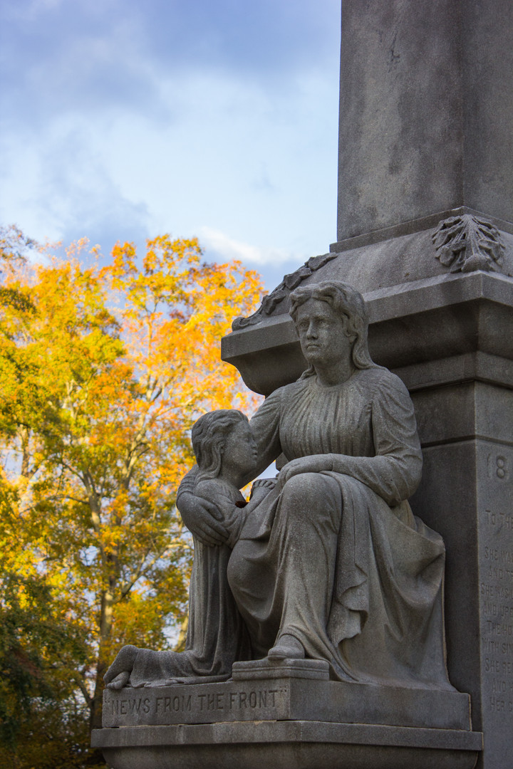 Graveyard Statue - Rome GA