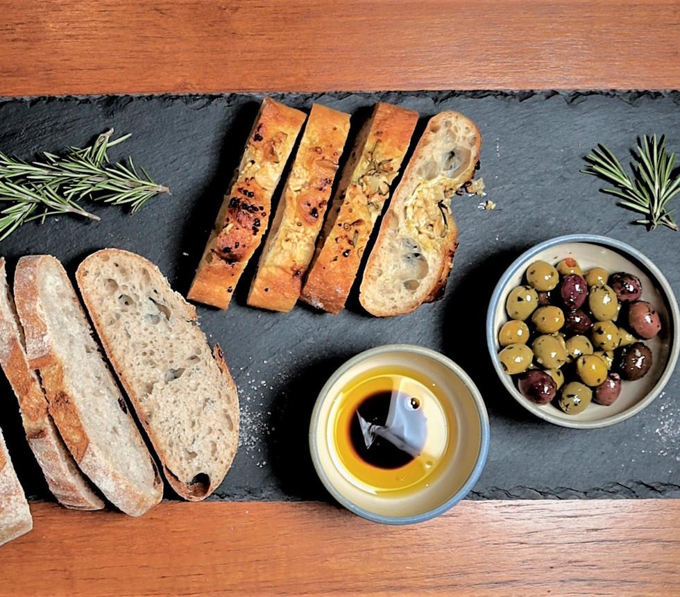 Bread & Oils