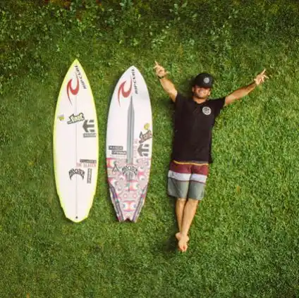 HIGH PERFORMANCE Surfboard   per Day