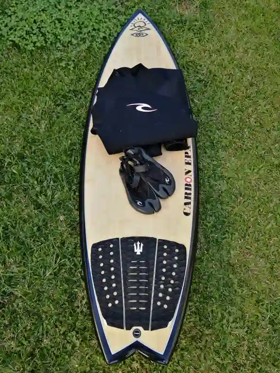 PACK Surfboard Wetsuit Boots   6 Days