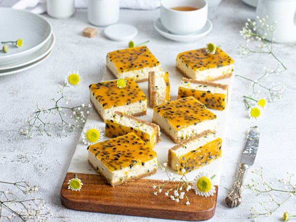 PASSIONFRUIT CHEESECAKE SLICES