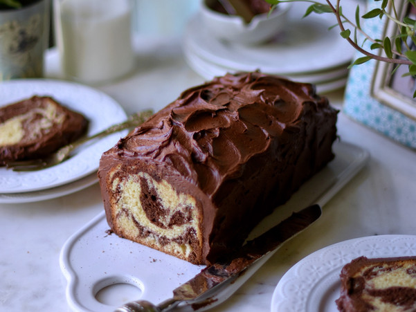 MARBLE CAKE WITH CHOCOLATE BUTTERCREAM FROSTING