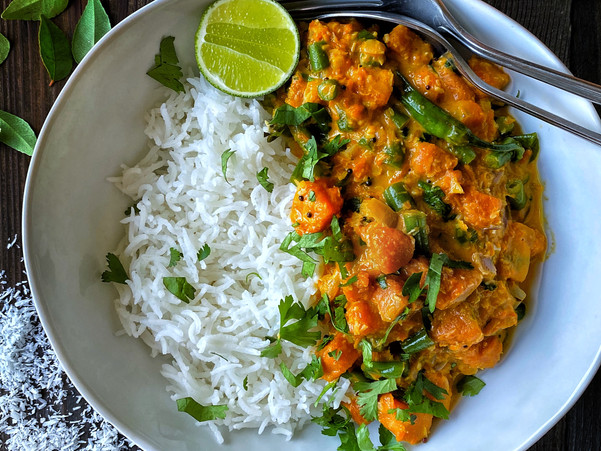 PUMPKIN AND FRENCH BEANS COCONUT CURRY