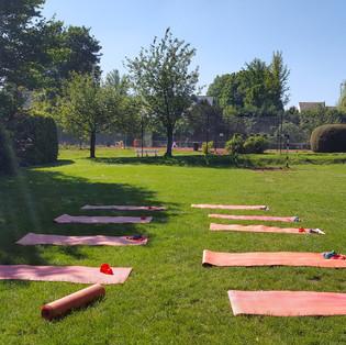 Yoga et Pilates en extérieur