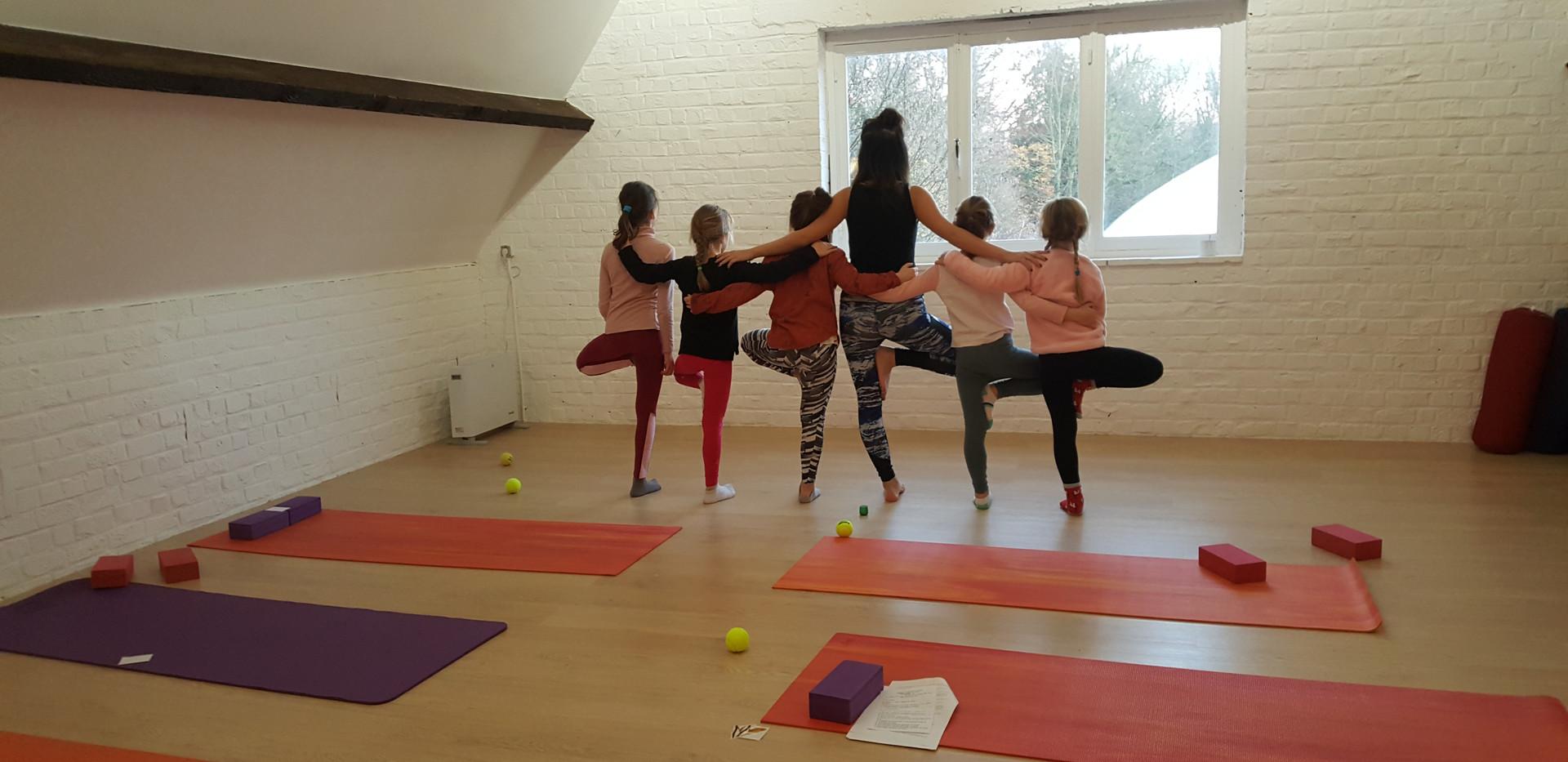 Yoga enfants 2.jpg