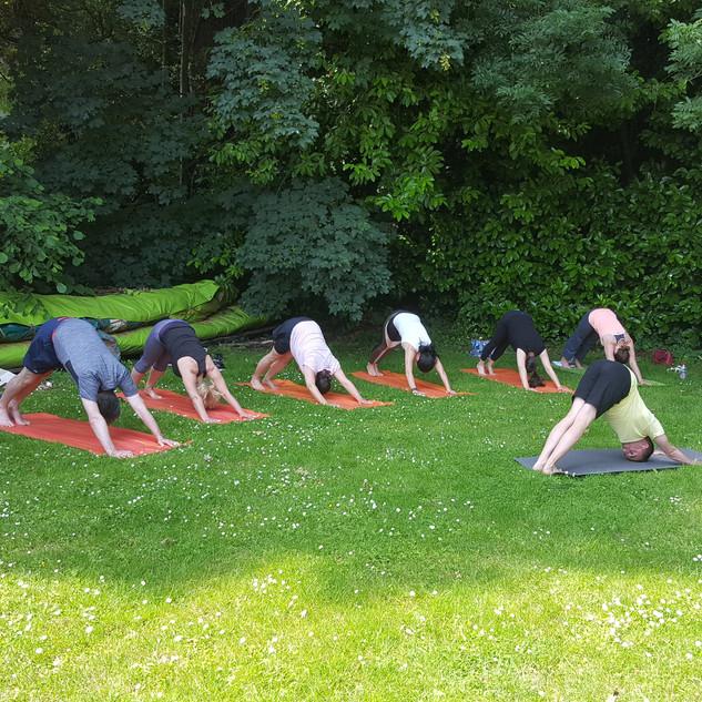 Yoga Day à Feel Good in the Wood 23 juin.jpg