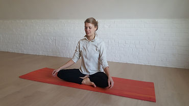 Joelle Pleine conscience & Yoga.jpg
