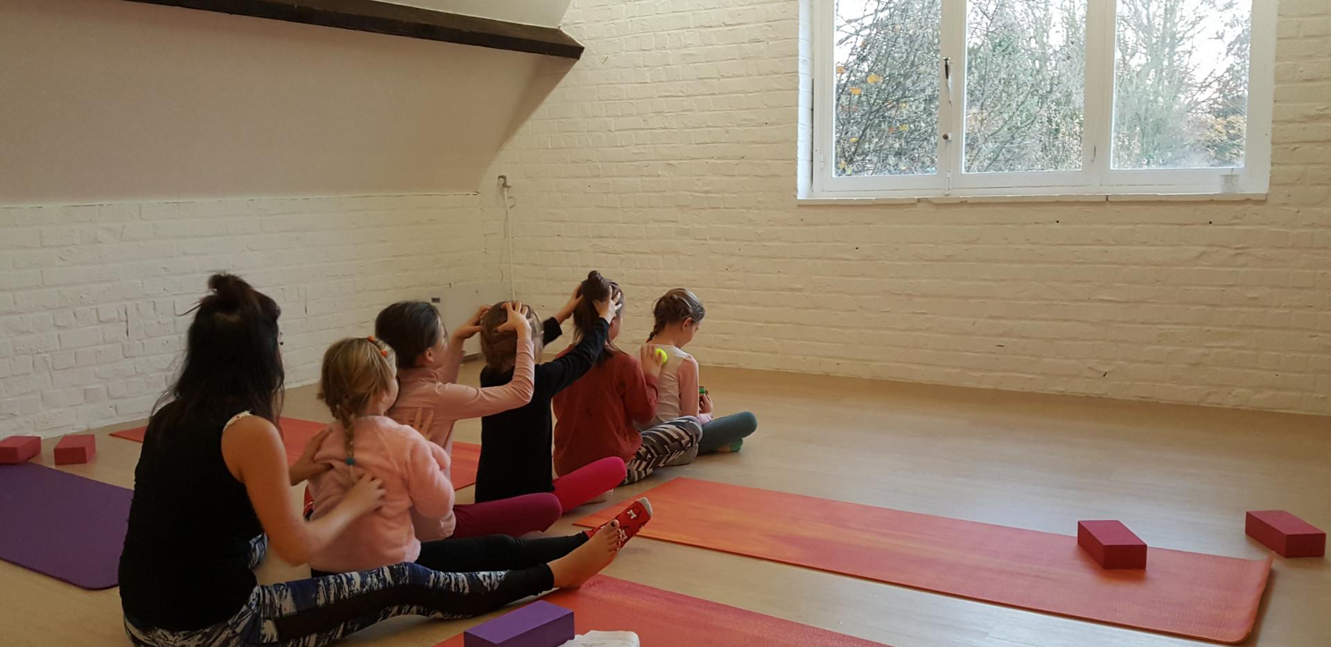 Yoga enfants_edited.jpg
