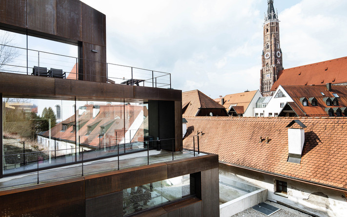 Bürogebäude aus Cortenstahl in Landshut