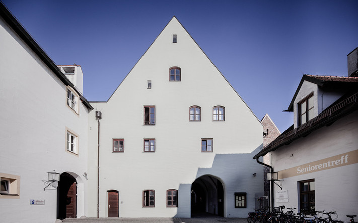 Heiligeistspital-Stadel-Passage-Hoffassade