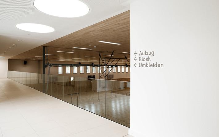 BHP-Grundschule-München-Sporthalle Vorra