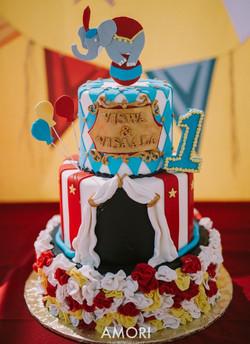 vv cake