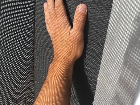 Reinigen und Pflege einer Textilfassade