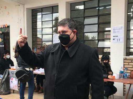 Con gran respaldo liberal Alcides Riveros va por la reelección en FDM